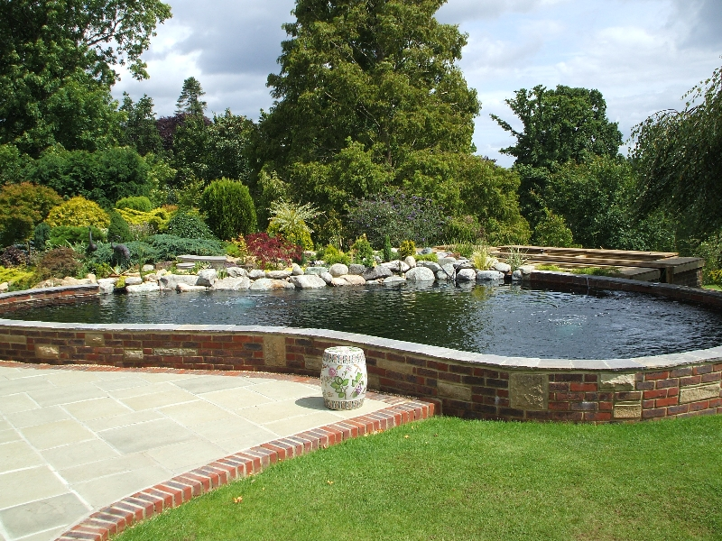 Pond construction services in surrey hampshire berkshire for Koi pond contractors